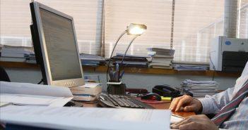 Augmente la conscience de l'importance de la cybersécurité